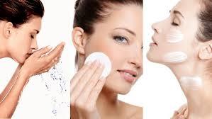 crema viso pelle grassa farmacia