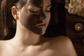 maschera viso nera fatta in casa 1