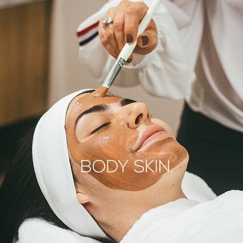 Scrub viso: 7 modi per preparalo in fretta